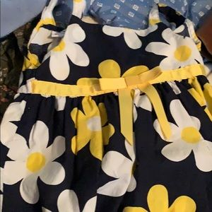 Little girls dress size 2t